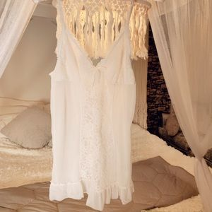DKNY White Lingerie Teddy Nightgown Lace
